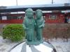 水木夫妻ブロンズ像