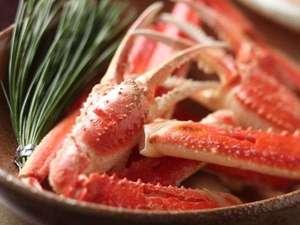 山陰の冬はやっぱりこれで決まり!新鮮な松葉蟹をご堪能ください!!