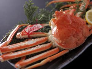 ◆冬P◆活松葉蟹を1枚使用◆質・量ともに納得のかに三昧会席◆活蟹を食べたいカップルにオススメ