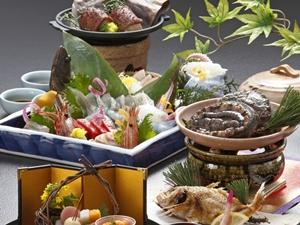 量控えめ会席。健康が気になる方に『量より質』にこだわり、油分を控えめにしたお料理です。