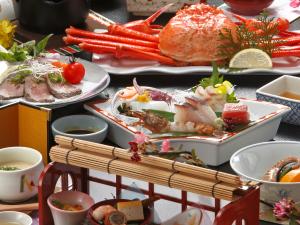 ◆春の一押し◆≪旬の食材♪季節を味わう≫境港水揚げ紅ズワイガニと鳥取和牛のスタンダードプラン